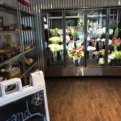 University Flower Shop 16 Photos Florists 254 W 10th Ave
