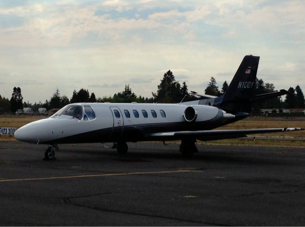 Aurora State Airport: 22785 Airport Rd NE, Aurora, OR