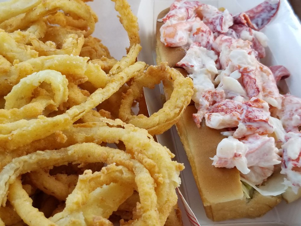 Food from Schutty's Seafood