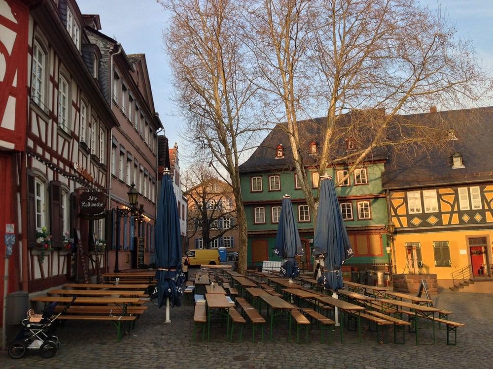 alte zollwache 23 fotos 38 beitr ge deutsch schlossplatz 10 h chst frankfurt am main. Black Bedroom Furniture Sets. Home Design Ideas