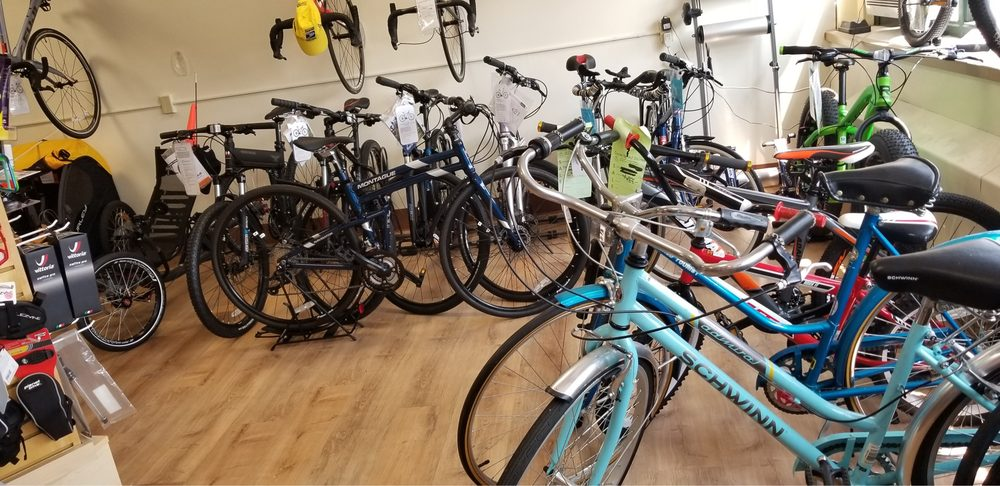 Cycle Shed Stores: 7 Hurlbutt Rd, Gales Ferry, CT