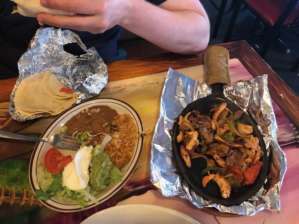 Costa Azul Mexican Restaurant: 2109 Cleveland Rd W, Huron, OH