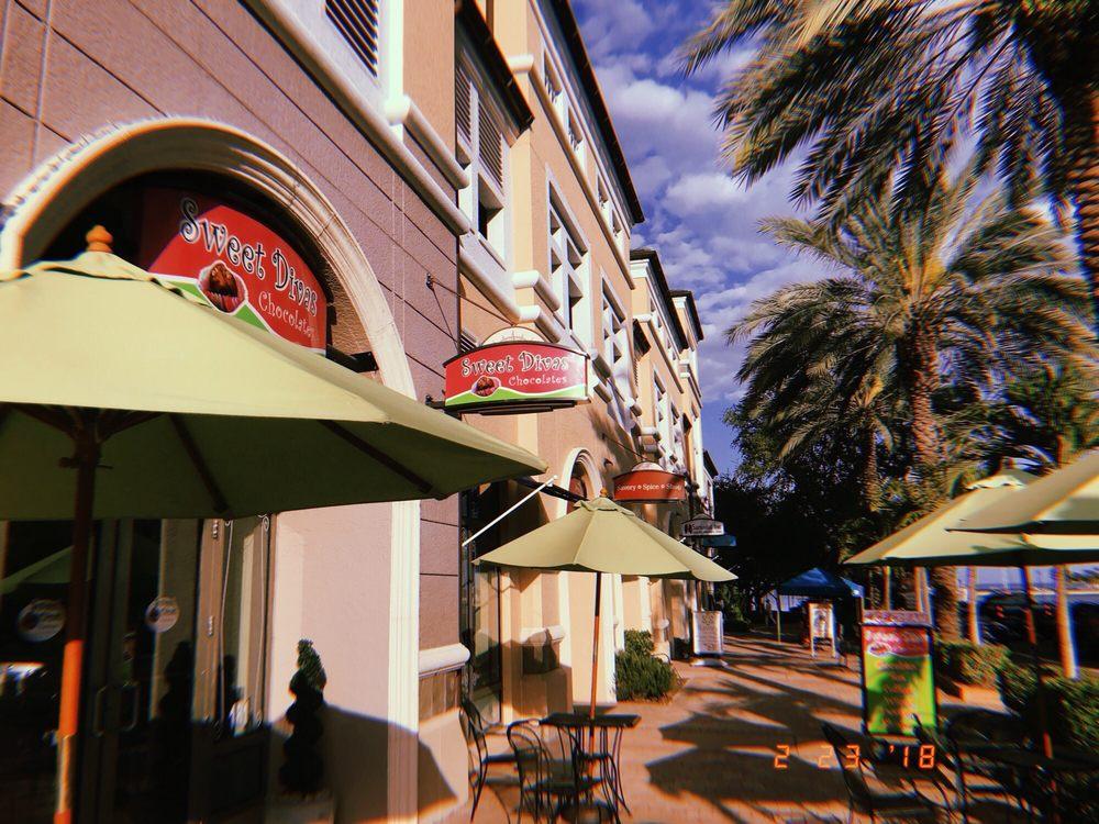 Sweet Divas Chocolates: 400 Beach Dr NE, St. Petersburg, FL