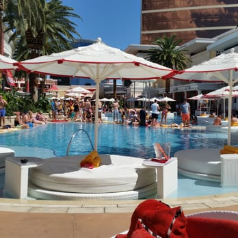 Encore Beach Club Lily Pad The Best Beaches In World