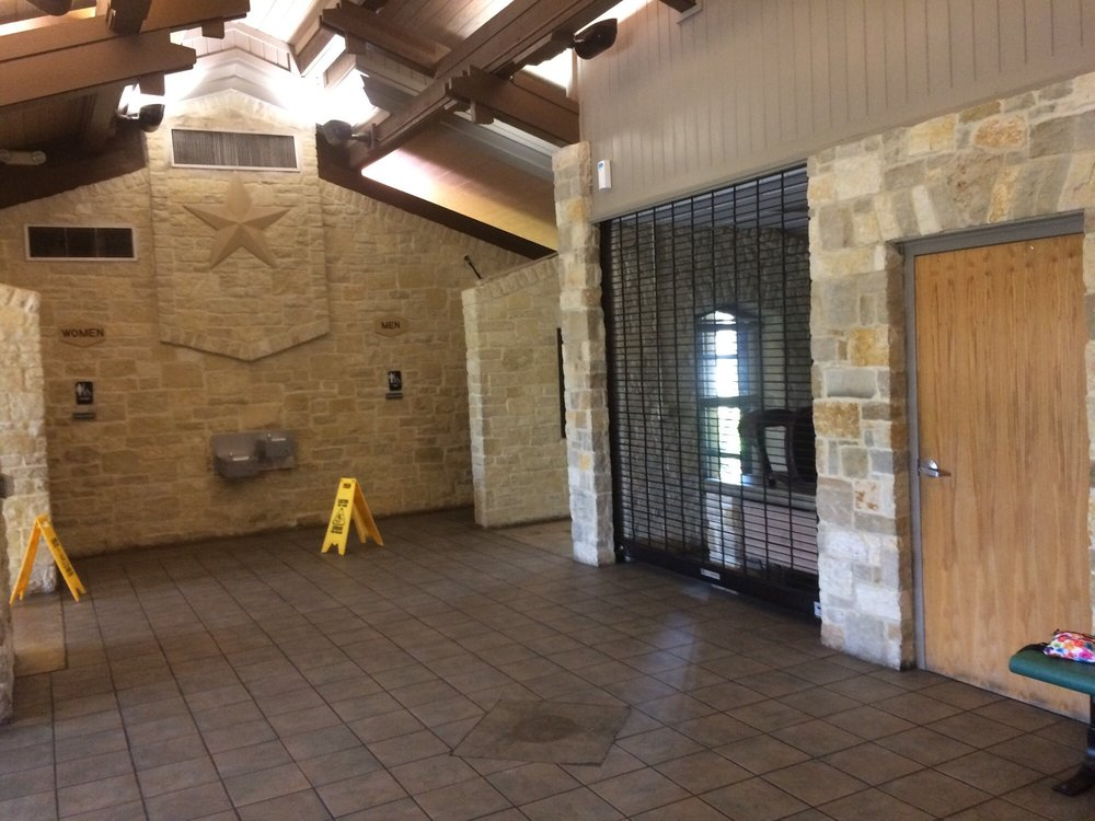 Victoria County Safety Rest Area: US 59, Inez, TX