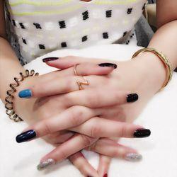 Beauty salon near me nails