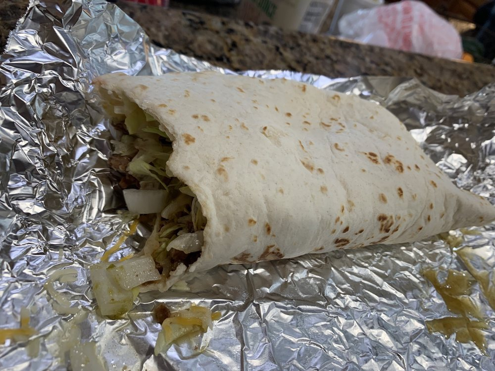 Edgar's Big Taco: 6362 Hwy 31, Kilgore, TX