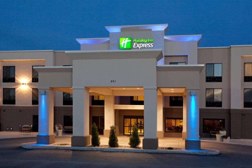 Holiday Inn Express Rawlins: 201 Airport Rd, Rawlins, WY