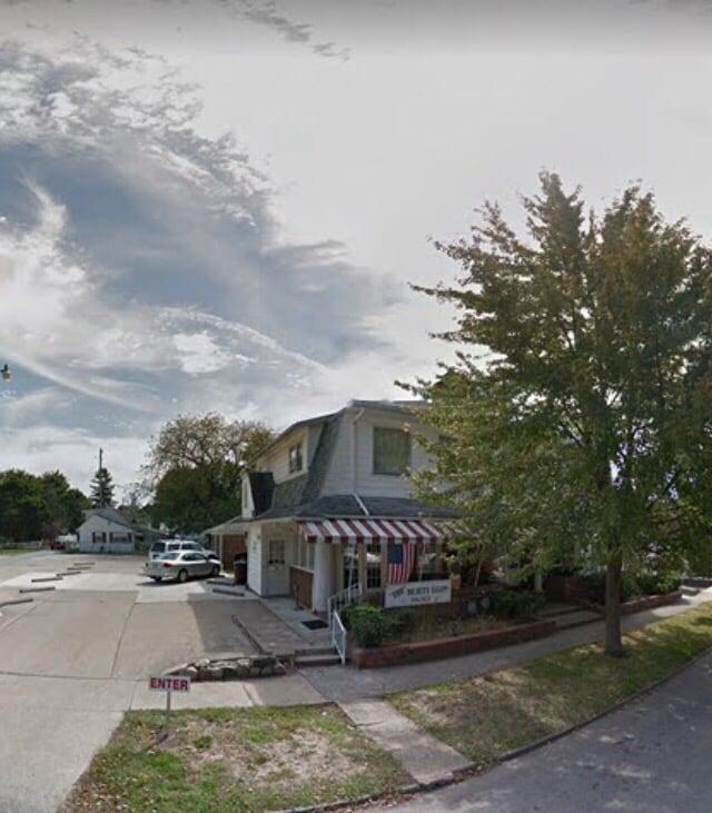 Hairology: 215 E 4th St, Greenville, OH