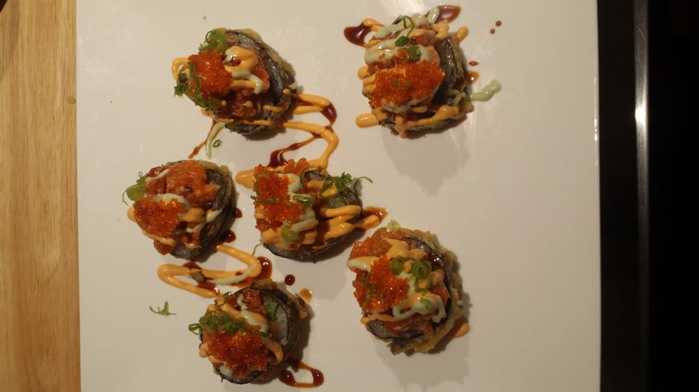 Crispy spicy salmon roll yelp for Aji 53 japanese cuisine