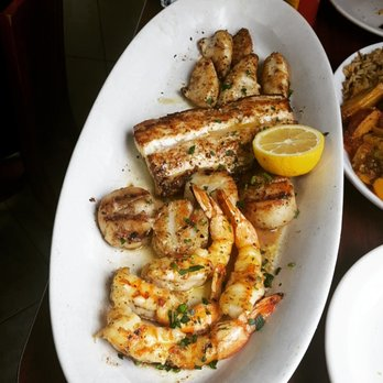 Boston fish market 1136 photos 652 reviews seafood for Boston fish market des plaines illinois