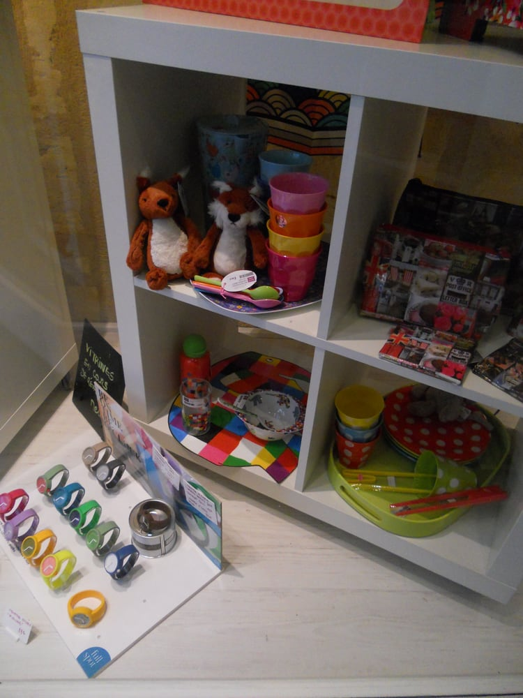 fille papa magasin de jouets 18 rue des remparts. Black Bedroom Furniture Sets. Home Design Ideas