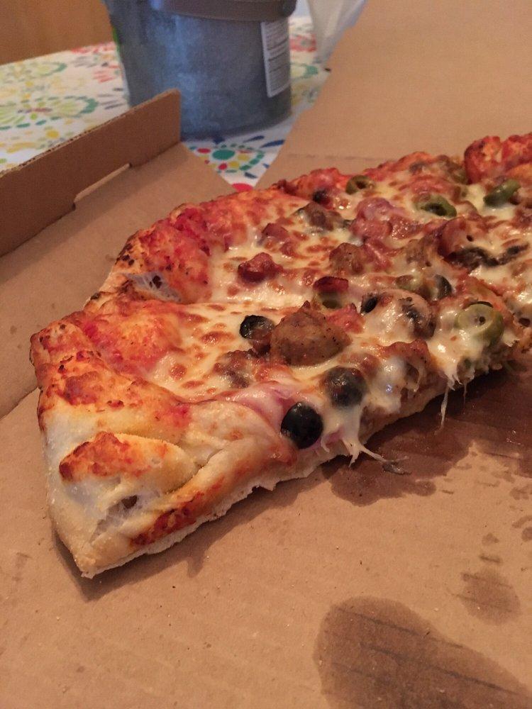 Andy's Hometowne Pizza: 6563 Laketowne Pl, Albertville, MN