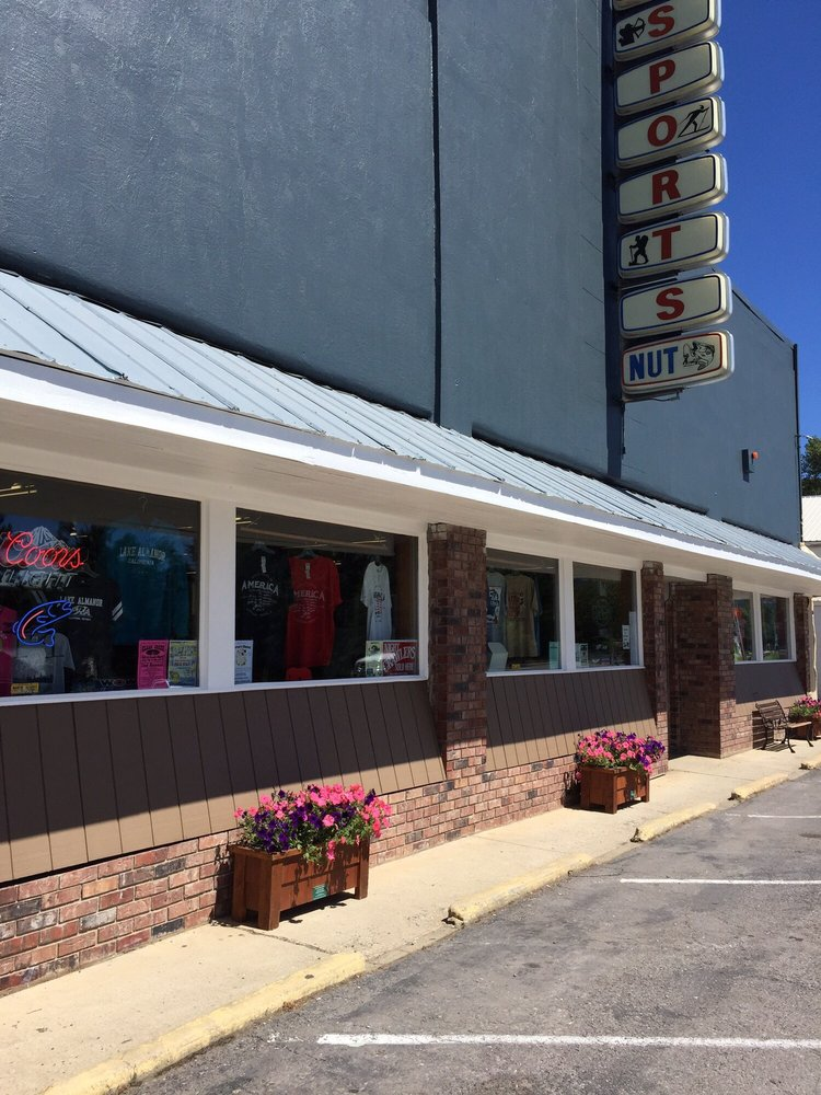 Sports Nut: 208 Main St, Chester, CA