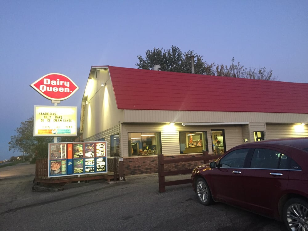 Dairy Queen: 232 E Hwy 60, Lake Crystal, MN