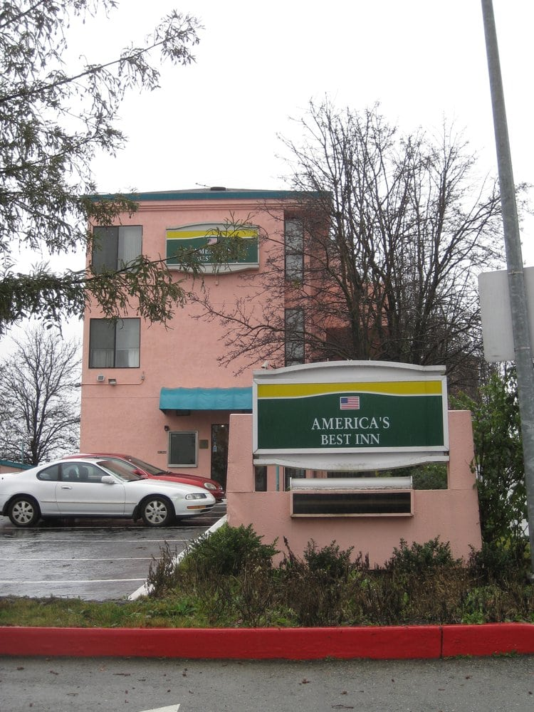 Americas Best Value Inn Six Flags Vallejo Napa Valley: 300 Fairgrounds Dr, Vallejo, CA