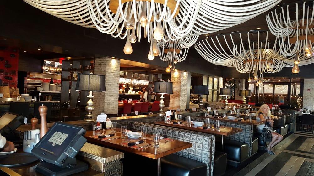 Racks Downtown Eatery + Tavern - 187張相片及231篇評語 - 美國菜(新式 ...
