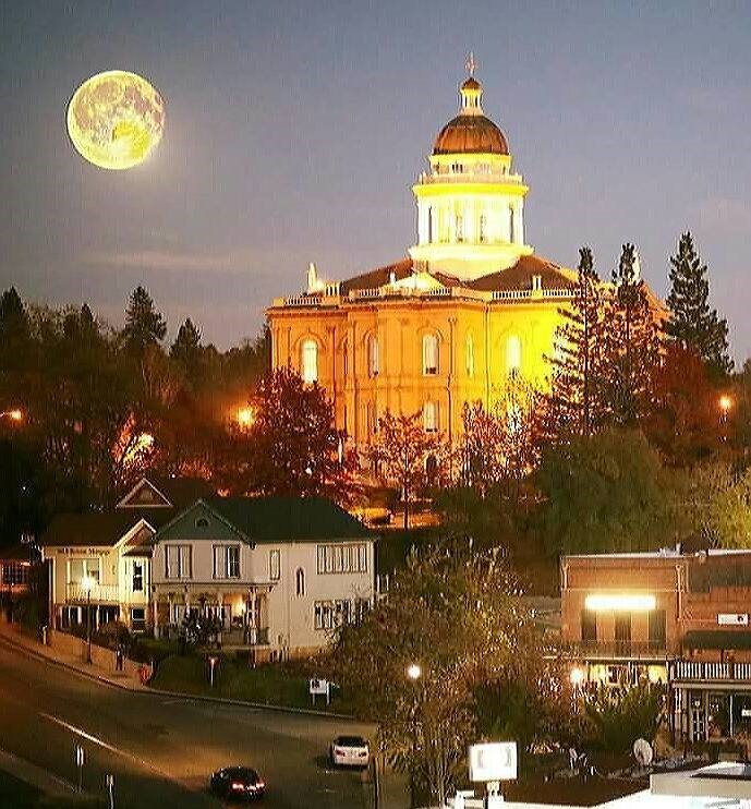 Julie Gilmore - Coldwell Banker Residential Brokerage   500 Auburn Folsom Rd, Auburn, CA, 95603   +1 (916) 622-5833