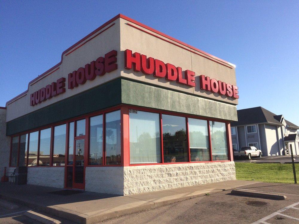 Huddle House: 21962 State Highway 32, Sainte Genevieve, MO