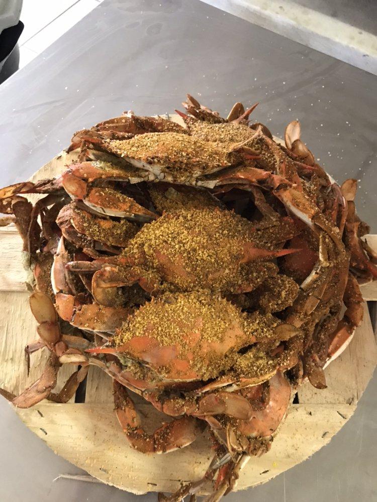 TopFlight Seafood: 104 S Philadelphia Blvd, Aberdeen, MD
