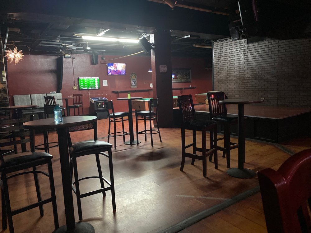 J's Bar