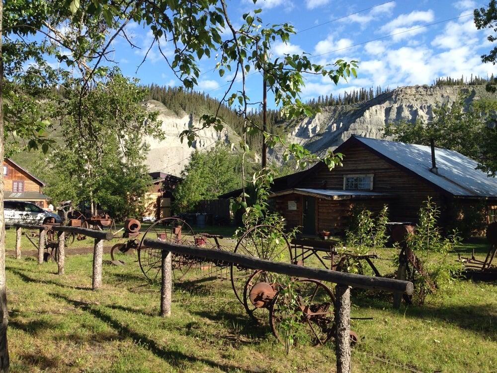 Gakona Lodge: Mile 2 Tok Cutoff Rd, Gakona, AK