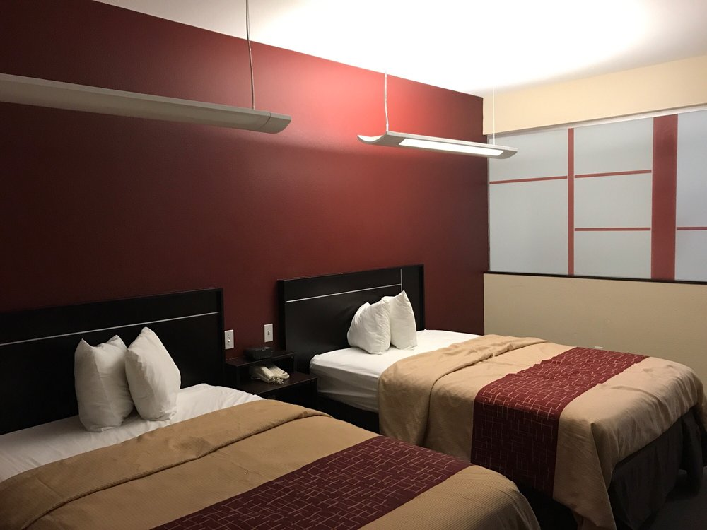 Red Roof Inn & Suites Beaumont: 2310 I-10 S, Beaumont, TX