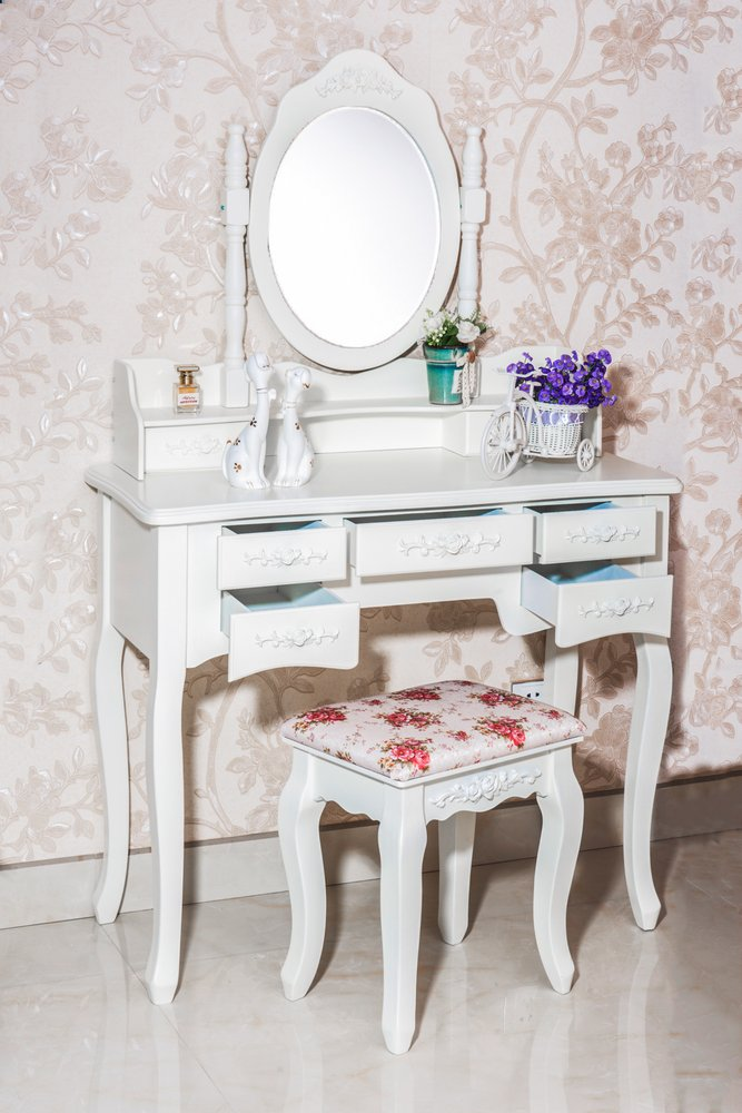 Cleopatra vanity table yelp for Vanity table near me
