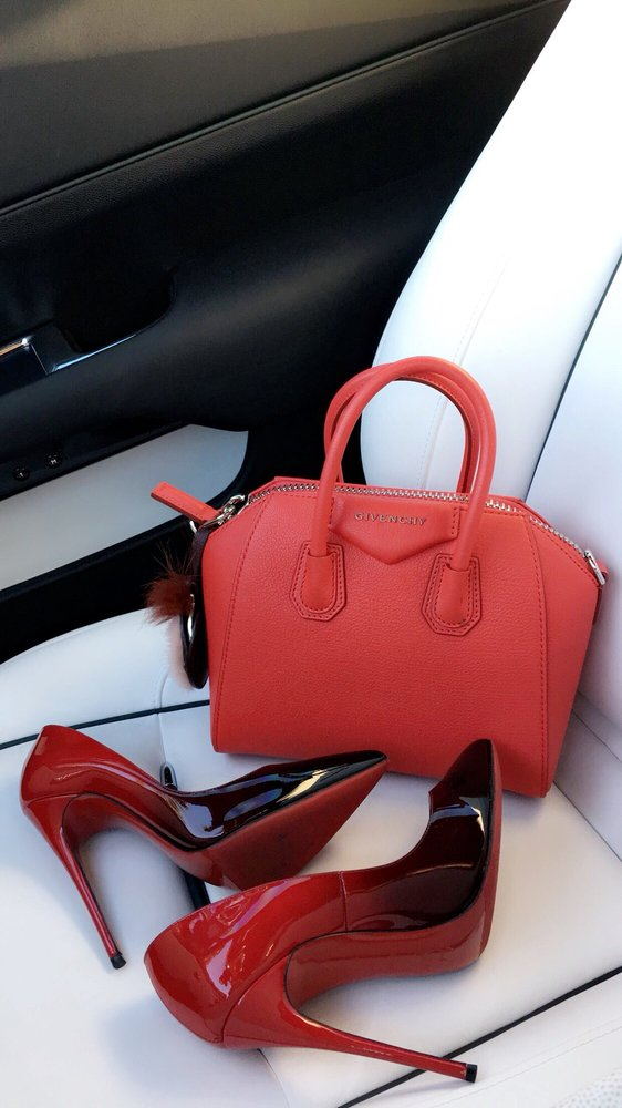 b1b5f475431 Photo of Givenchy - Las Vegas, NV, United States. Red Essentials. Red