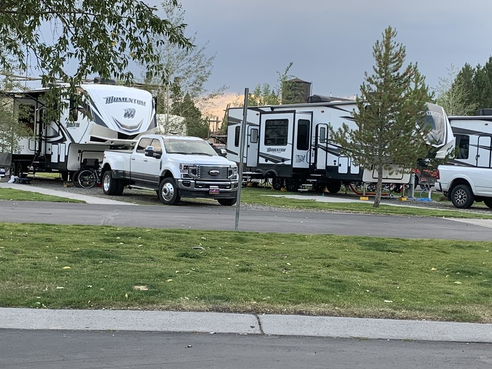 Yellowstone Grizzly RV Park: 210 S Electric St, West Yellowstone, MT