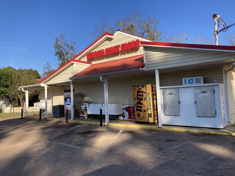 Ft Gaines Foodmart: 201 Hartford Rd, Fort Gaines, GA