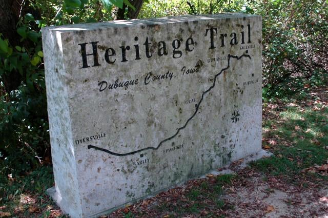 Heritage Trail: RR 1, Peosta, IA