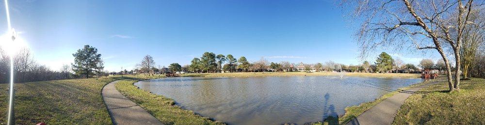Willowlake Park: 9703 Big Willow Ln, Houston, TX