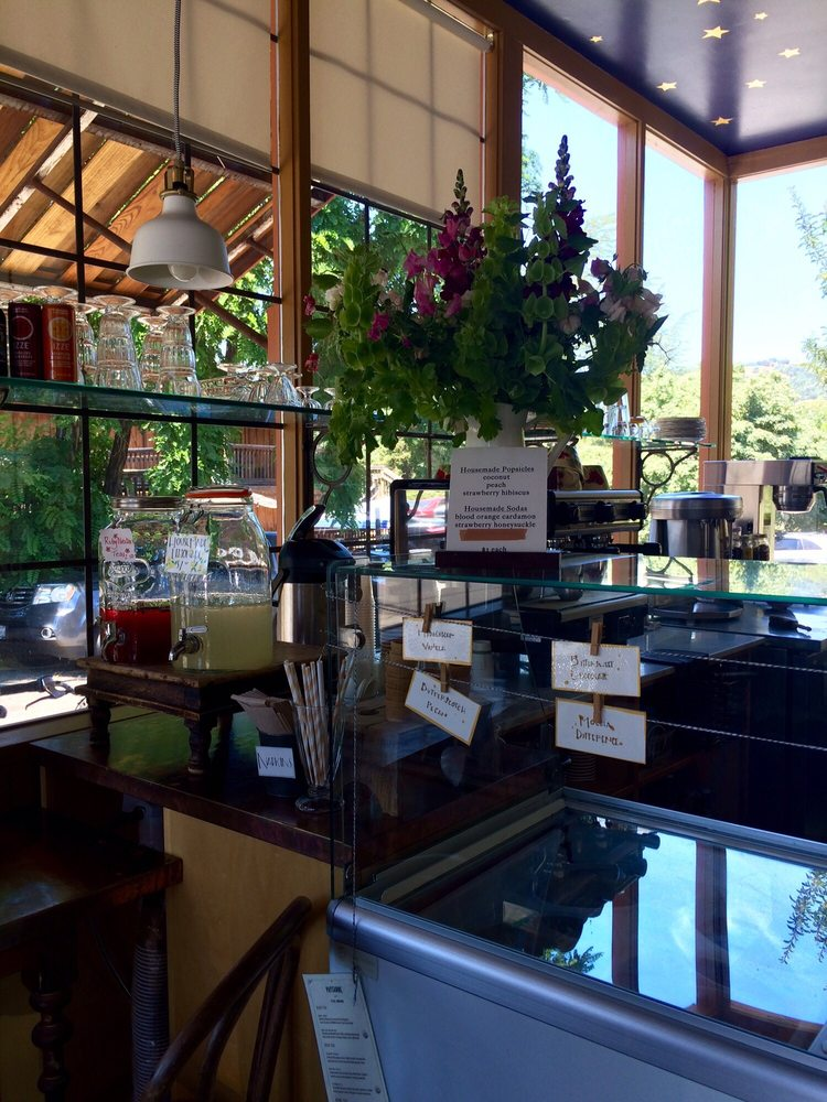 Paysanne: 14111 Hwy 128, Boonville, CA