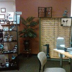 International Eyecare Center Optometrists 520 W Jackson St