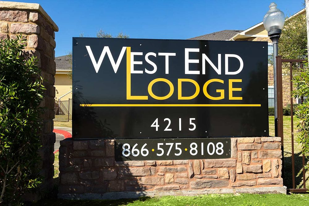 West End Lodge: 4215 N Major Dr, Beaumont, TX