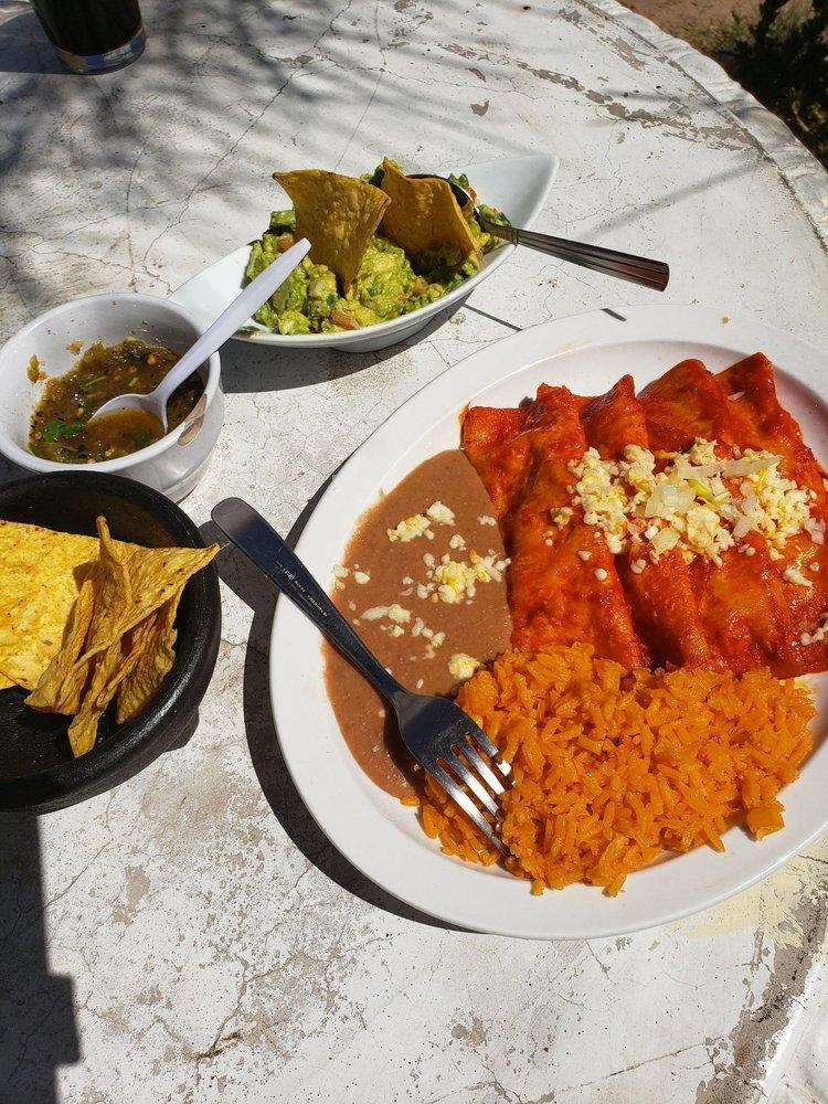 La Hacienda Del Amigo: 207 Stock Yard Dr, El Paso, TX