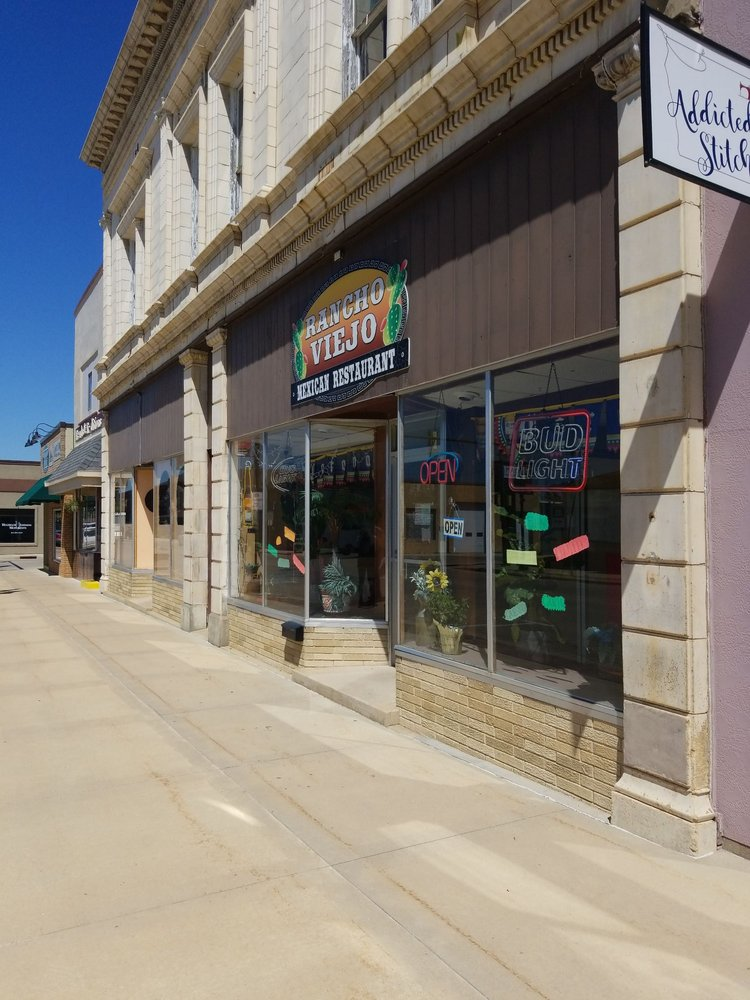 Rancho Viejo: 19 West Main St, New Hampton, IA
