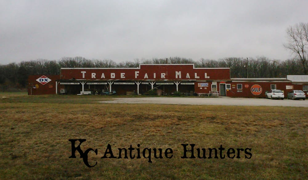 Trade Fair Mall: 1690 SE Highway 13, Osceola, MO