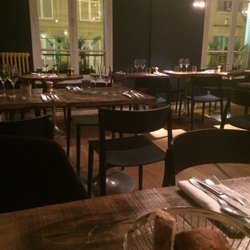 Belle maison fruits de mer 4 rue de navarin pigalle paris france restaurant avis - Belle maison restaurant paris ...