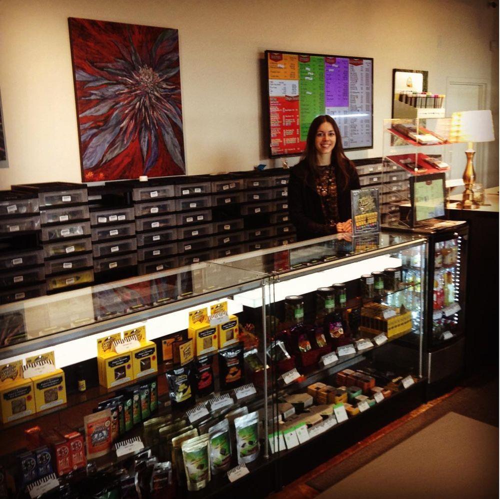 Royals Cannabis: 7115 N Division St, Spokane, WA