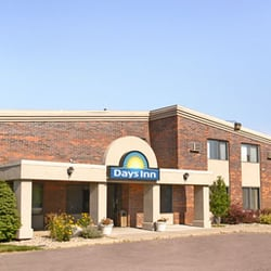 Days Inn By Wyndham Sioux Falls Airport Hotels