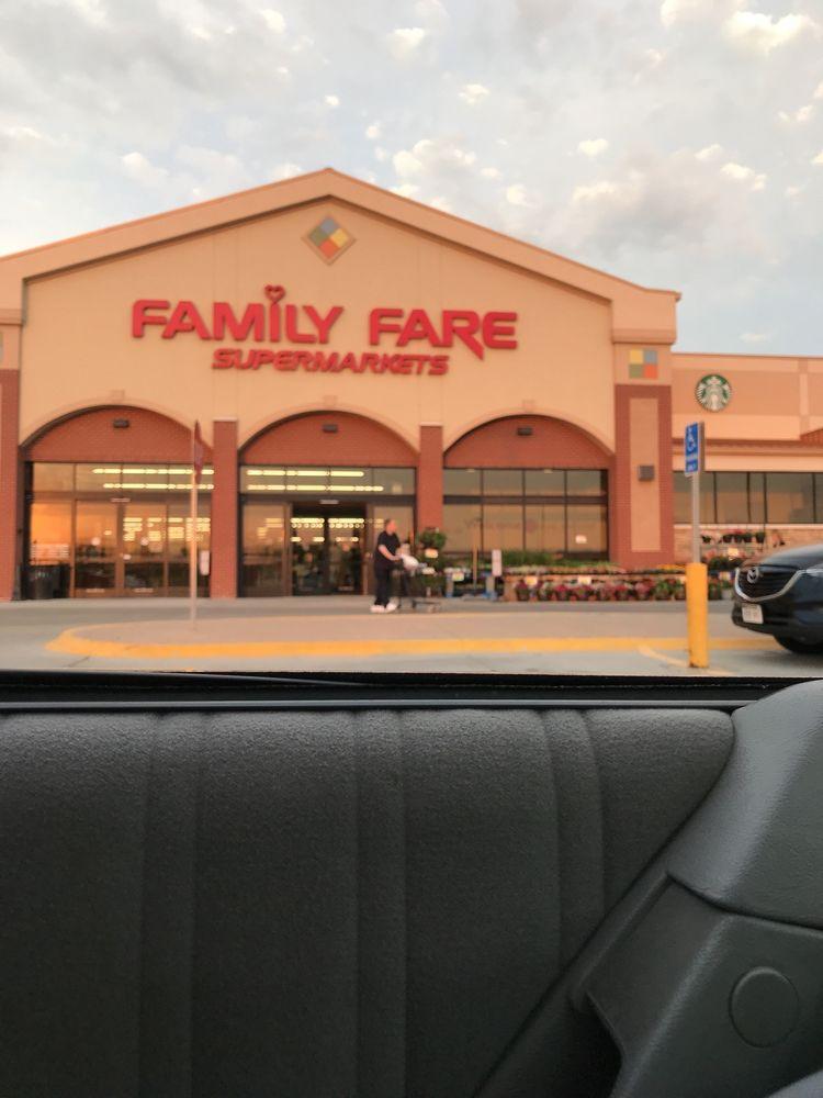 Family Fare Supermarket: 1221 S 203rd St, Omaha, NE