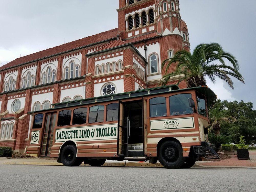 Lafayette Limo & Trolley: 4000 Johnston St, Lafayette, LA