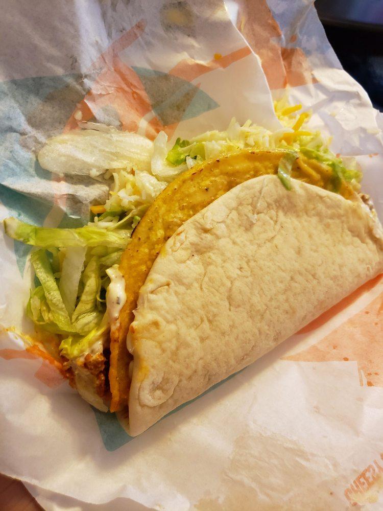 Taco Bell - Bayonne: 21-33 East 53rd St, Bayonne, NJ