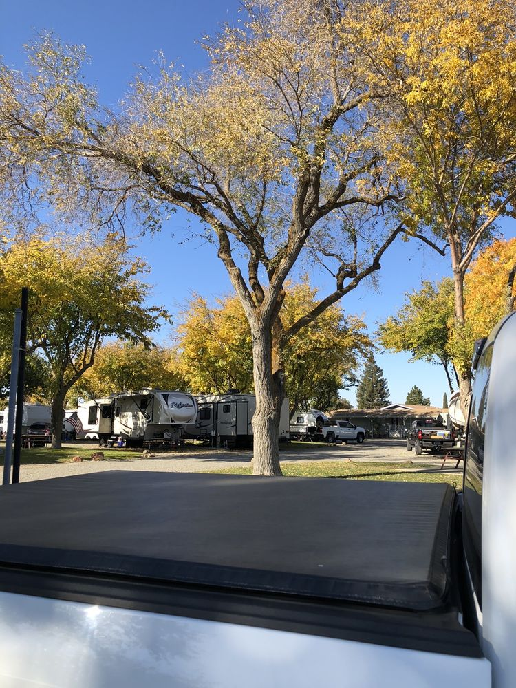 Happy Time Rv Park Reservations: 5160 Co Rd 99W, Dunnigan, CA