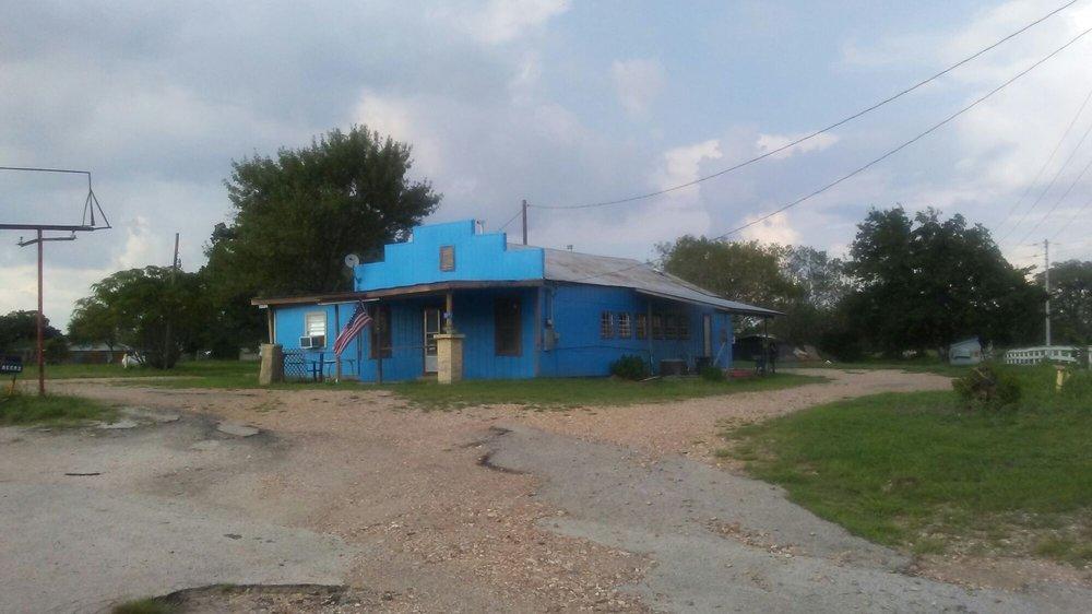 Beerz: 115 Post Oak Rd, La Grange, TX