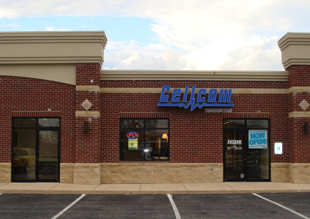 Cellcom: 125 Commerce Dr, Luxemburg, WI