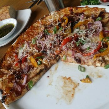 California Pizza Kitchen Order Food Online 105 Photos 118 Reviews Pizza Fresno Ca