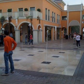 Palmanova Outlet Village - Outlet - Strada Provinciale 126 ...